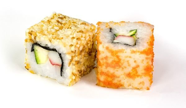 California-&-Uramaki-Roll
